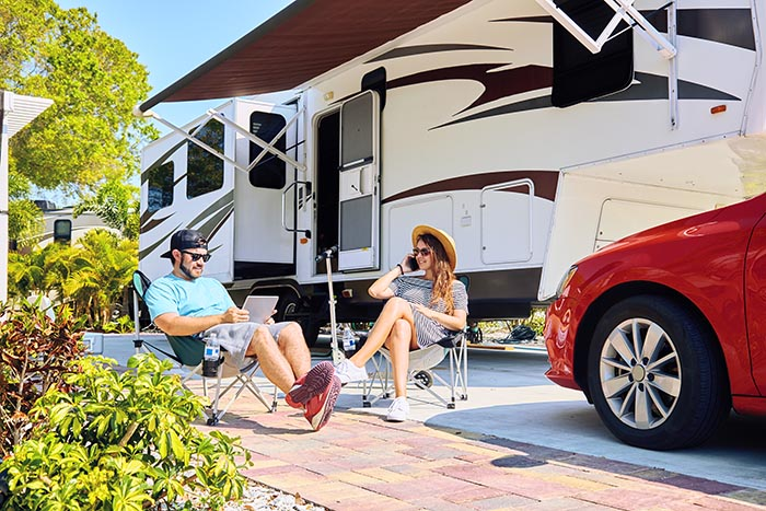 RV Loans for Campers and 5th Wheels